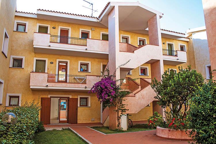 Letto A Castello Olimpo.Olimpo Appartamenti Santa Teresa Gallura Sardegna